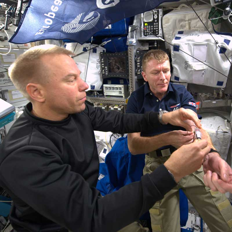 32432Join astronauts Tim Peake and Tim Kopra for Experiments in Space on Monday 17 October