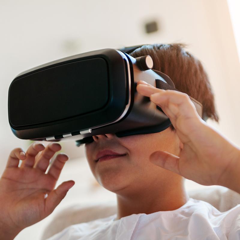 Pop-up Science: Adventures in Virtual Land