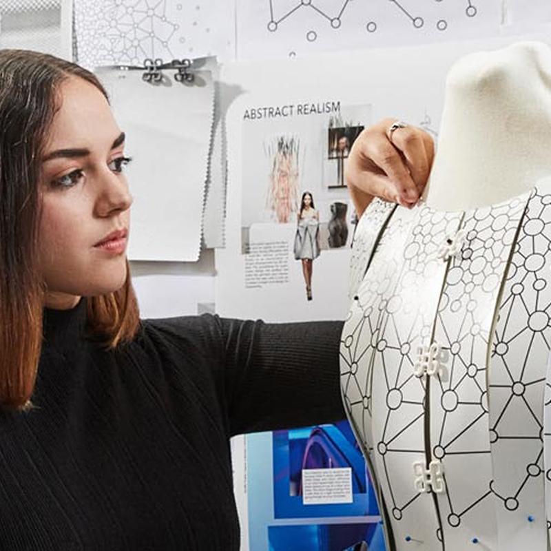 Aurélie Fontan: Artist Talk